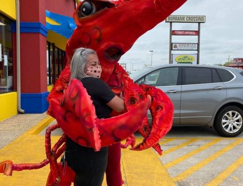 The Giant Crawdaddy's visit to Ideal Market!